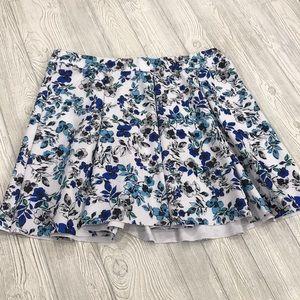 torrid blue floral skirt - sz 3